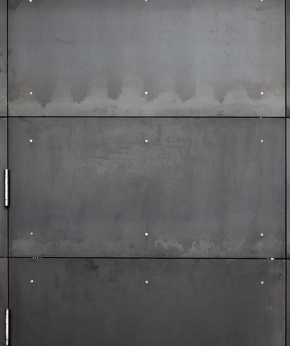 1171_2121 Park Place_material_steel